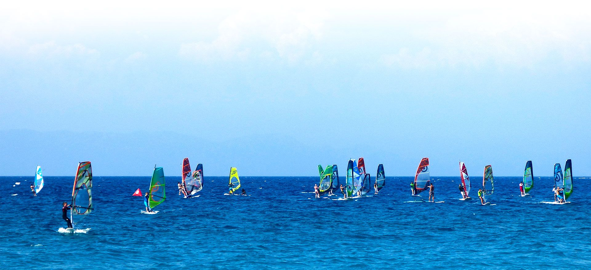 homephoto-surfers--board-sail-windsurfersworld-windsurfing-ixia